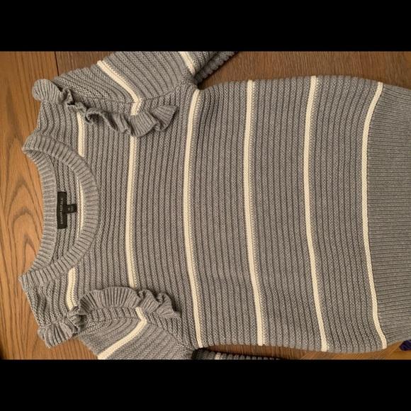 Banana Republic Sweaters - Banana Republic gray ruffle sleeve sweater